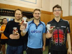 Sebastian Flock, Oliver Wolf und Justin Huszti gewannen 2014 das Weihnachtsturnier ©Susanne Wenzel